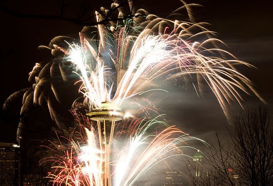 Pyrotechnics-streaming-from-space-needle